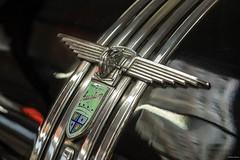 Austin (Silver Machine) Tags: haynesinternationalmotormuseum sparkford yeovil somerset vintagecar car austin badge fujifilm fujifilmxt10 fujinonxf35mmf2rwr