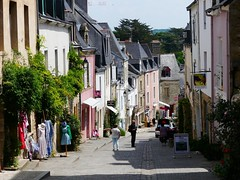 P1040166 Auray (Photos-Tony Wright) Tags: france june french town brittany quaint 2016 auray