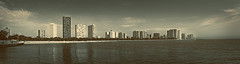 Edgewater ( Milena Ilieva) Tags: city panorama chicago green beach edgewater pastelcolor chicagopanorama edgewaterpanorama