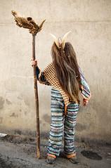 Cucurrumachos del carnaval de Navalosa AVILA (carlos gonzlez ximnez) Tags: carnaval ritual invierno mascara mito mascarada avila tradicion tribu primitivo rito culturapopular antropologia entroido etnografia animalidad navalosa mascaraiberica cucurrumachos mascaradadeinvierno etnografiatradicion