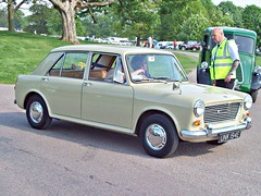46 Austin 1100 4 door Mk.1 (1967) (robertknight16) Tags: austin british 1960s bmc 194570
