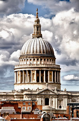 "St Pauls • <a style=""font-size:0.8em;"" href=""http://www.flickr.com/photos/53908815@N02/6843185374/"" target=""_blank"">View on Flickr</a>"