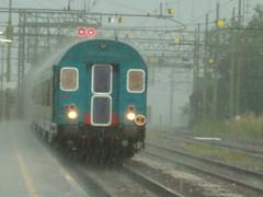 Regnet es?? / Piove?? (Christian D.B.) Tags: del zug bahnhof stazione treno linea fs brennero trenitalia rfi e464 regionalzug brennerbahn ragionale