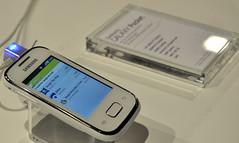 Samsung Galaxy Pocket white