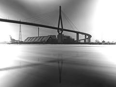 winterbridge (ND) (Soenke HH) Tags: winter light ice reflections licht bridges nd köhlbrandbrücke reflektionen spiegelungen floes eisschollen blackwhitephotos graufilter