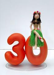 Topo de bolo havaina (Bolol Artesanatos) Tags: topo 30 de biscuit bolo anos havaina