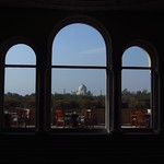 "Taj from the Oberoy <a style=""margin-left:10px; font-size:0.8em;"" href=""http://www.flickr.com/photos/14315427@N00/6924667965/"" target=""_blank"">@flickr</a>"