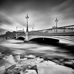 Breaking Ice.. (Peter Levi) Tags: city longexposure bridge blackandwhite bw lake snow blancoynegro ice water frozen sweden stockholm le vasabron breakingice icebreak nd110 bestcapturesaoi elitegalleryaoi mygearandme mygearandmepremium mygearandmebronze mygearandmesilver mygearandmegold mygearandmeplatinum dblringexcellence