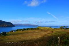 Loch bay (gmj49) Tags: skye water bay scotland sony loch gmj a350