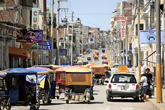 Town of Sullana (Alex E. Proimos) Tags: peru town calle traffic sweet taxi crowd tuktuk rickshaw jam tuk crowded piura sullana