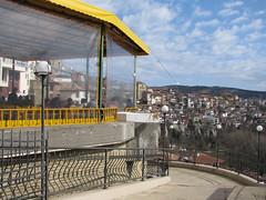 Veliko Tarnowo - At the Terrace (Been Around) Tags: march europa europe terrace terrasse eu bulgaria mrz yantra velikotarnovo bul bulgarien gastgarten  attheterrace yantrariver  worldtrekker visipix welikotarnowo velikotarnowo ulitsanezavisimost ulnezavisimost
