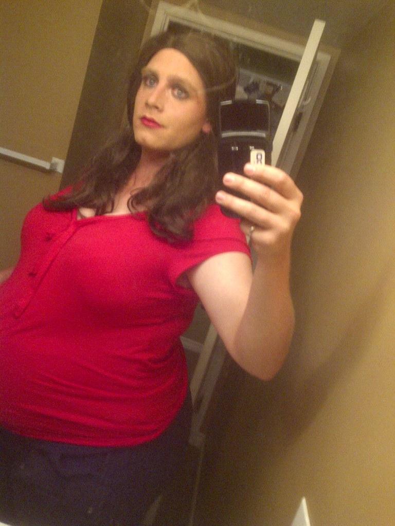 pregnant crossdressers