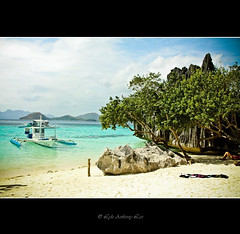Banol beach (llhyz) Tags: beach niceshot philippines coron palawan flickraward doubleniceshot flickraward5 ringexcellence dblringexcellence tplringexcellence eltringexcellence