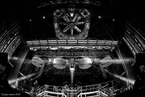 rammstage-28 (Faren Matern) Tags: stage rammstein canoneos5dmarkii silverefexpro2 canonef815mm14lusm