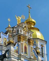 Kiev, Ukraine (bjorbrei) Tags: church golden ukraine monastery kiev kyiv ukraina michailivskyzolotoverkhy
