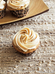 Brown Butter Banana Cupcakes with Peanut Butter Frosting