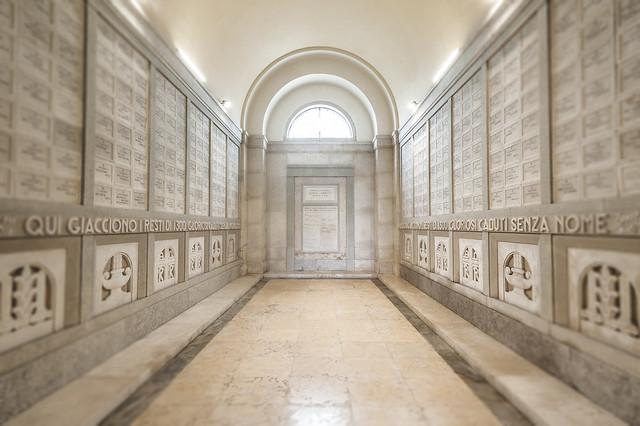 Fagarè della Battaglia, Sacrario Militare, Sacello interno