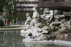 Orlans (Loiret) (sybarite48) Tags: park sculpture france statue skulptur sculptuur escultura estatua statua parc standbeeld cuenca  esttua bassin orlans scultura  heykel posg bacino  rzeba  loiret becken   bekken bacia         havza bacn  flixcharpentier dorzecze parclouispasteur