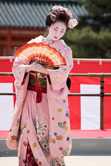 (byzanceblue) Tags: red cute beauty japan japanese dance kyoto maiko   kimono gion   miyagawacho traditonal         miyakawacho   kimitoyo
