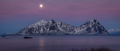 Lille Molla, Lofoten Islands. (Elin Jakobsen) Tags: winter sunset snow mountains nature norway landscape norge ngc fullmoon arctic svolvr lofotenislands lillemolla