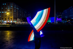 La Moneda se ilumina con los colores de la diversidad (Movilh Chile // www.movilh.cl) Tags: chile gay arcoiris bandera bisexual homosexual transexual lesbiana 2016 palaciodelamoneda lovewins movilh diversidadsexual gaychile matrimonioigualitario idahot