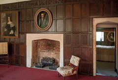 The Haunted Landing and Bedroom of Elizabethan Littlecote House  in Wiltshire, the scene of a terrible murder (Anguskirk) Tags: uk england baby architecture hotel bedroom fireplace ghost burnt murder elizabethan wiltshire statelyhome countryhouse midwife 16thcentury bonham ngs nationalgardensscheme woodpanelling littlecotehouse infanticide 1592 1stbattalion motherbarnes warnerholidays peterdesavary 506thparachuteinfantryregiment colrobertfsink ltcolcharleshchase us101stairbornedivision wildwilliamdarrell setonwills sirjohnpopham hauntedlanding
