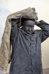 Battiledhos (Massajos)  -  Characteristic masker (Dei's Light) Tags: sardegna lula carnevale maschera folclore barbagia tradizione vestizione carrasegare ritidionisici battiledhos massajos preprazione