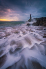 Fascination (Mathieu Rivrin - Photographies) Tags: ocean sea mer lighthouse seascape france sunrise landscape nikon wave bretagne brest vague phare minou mouvement petit rade breizhscapes