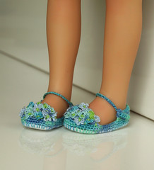 hy2 (Maria Kłopotowska) Tags: shoes doll crochet hydrangea slippers littledarling