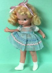 "Nancy Ann Storybook Doll ""Goldilocks"" gets her arm repaired (Robbin With 2 Bs) Tags: goldilocks nancyannstorybookdoll nasb apoxiesculpt madwifeintheattic robbinatwell"