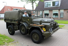 1955 DAF YA 126 / 3,5 (Davydutchy) Tags: netherlands truck army ride military web may nederland hobby voiture lorry vehicle frise rit 35 heer convoy paysbas ya friesland ton armee 126 leger niederlande militr daf reenacting lkw 2016 frysln militair frisia rondrit langweer wep tocht langwar kolonne ya126 poidslourd legervoertuig legergroen