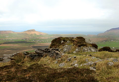 View from the hill (catb -) Tags: ireland art archaeology motif rock stone spiral dingle kerry naomh cosnnanaomh reenconnell cosn
