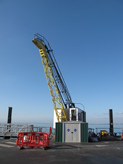 Crane At Ryde Pier - Wightlink (silverlutra) Tags: crane isleofwight wightlink ryde rydepier boatcrane