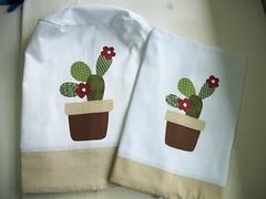 Cactus... (Ka Comelli) Tags: cactus galinha patch cozinha aplique patchcolagem apliquée panoprato patchaplique