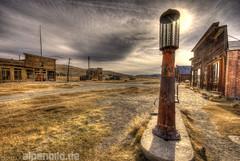 ...out of order  -  Explore # 468 (alpenbild.de) Tags: california ruin gasstation ruine ghosttown bodie hdr gaspump kalifornien bodieghosttown zapfsäule geisterstadt gasolinepump alpenbildde