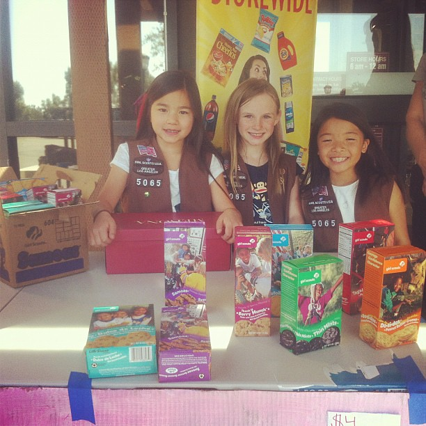 Girl Scout Cookies at Palos Verdes Ralph's! #nomnomz