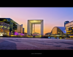 La grande arche - La dfense (Gskill photographie) Tags: sunset paris france building nightlights nuit hdr immeuble ladfense edf lagrandearche bureaux mygearandme