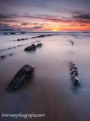 Barrika Sunset (iromanfotografia (Iaki Romn)) Tags: sunset seascape beach atardecer playa filter bizkaia euskadi basquecountry paisvasco filtro barrika leend marcantabrico cantabricsea paisajemarino zuiko1260 singhrayreverse iakiromn iromanfotografiacom olympse3
