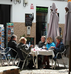 Almuerzo (Landahlauts) Tags: sevilla andaluca seville andalucia andalusia andalusien sville andalousie andalusie andaluz siviglia sevillano alandalus  andaluzia   hispalense  andaluzja  sewilla andaluzio           isbiliya                  andalouzia andalusiya      ishbiliya capitaldeandalucia