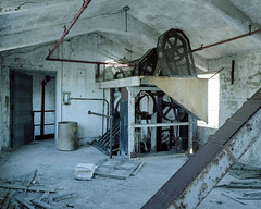 (.tom troutman.) Tags: abandoned 120 mamiya film analog mediumformat newjersey industrial kodak decay nj 7 6x7 portra 160