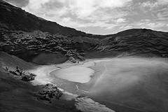 Laguna de Los Ciclos (Xavier_Duran) Tags: ocean sea espaa costa beach water lago island coast mar pond spain agua lanzarote playa canarias el lagoon atlantic laguna canaryislands isla esp golfo islascanarias elgolfo charco