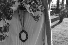Vintage look. (Bour ii k  {very busy}) Tags: light people woman sun white black france flower tree nature fleur look grass scarf vintage garden collier french soleil necklace spring noir afternoon bokeh lumire jardin clothes chain normandie mode campagne arbre blanc printemps franais herbe charpe vtement apparence