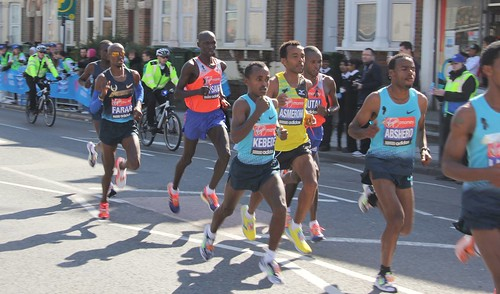 Men front runners for the London Marathon 2013