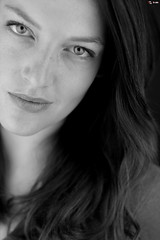 DK_WSLarissa_12_bw (geldrik_magnussen) Tags: portrait woman girl face canon germany studio eos model gesicht stuttgart workshop 7d frau 0711 esslingen worksho modelshooting 50mmf14efs