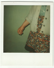grandmother's hand (Tosh Mafum) Tags: old polaroid photo foto hand grandmother mano della nonna vecchia