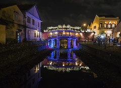 Japanese covered bridge (ORIONSM) Tags: bridge light vacation holiday reflection water night japanese display sony vietnam hoian covered illluminated infinitexposure rx100mk3