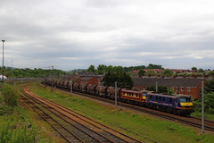 Barren Bullets (90024 & 90035) (Steven Atkinson) Tags: china english mill yard silver paper scottish first railway scotrail db cargo clay welsh moor bullets bahn carlisle irvine fsr ce skoda caledonian wembley deutsche 90024 dbc ews sidings 90035 upperby dollands 6s94