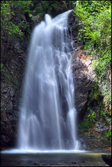 ...natural shower... (zio.paperino) Tags: longexposure italy nature water waterfall agua nikon rocks italia natura falls acqua calabria sila catanzaro cascada cascata d90 sersale vallicupe ziopaperino mygearandme mygearandmepremium