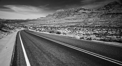 This Desert Life (clay.wells) Tags: road park white black mountains monochrome canon lens point landscape photography eos drive ross big highway texas angle bend zoom clayton wide scenic wells national maxwell usm vanishing efs 1022mm chisos f35 40d img4830 thepinnaclehof tphofweek170