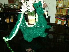 Dragn asitico/ asiatic dragon (Entre_Lazos) Tags: color texture textura kids toy mujer colours dragon handmade crochet moda artesanal teenager diseo adolescentes artesana juguete dragn asiatic agujas calidad asitico knitt accesorios tejido indumentaria ganchillo hechoamano amigurumis entrelazos infaltables indumentariafemenina